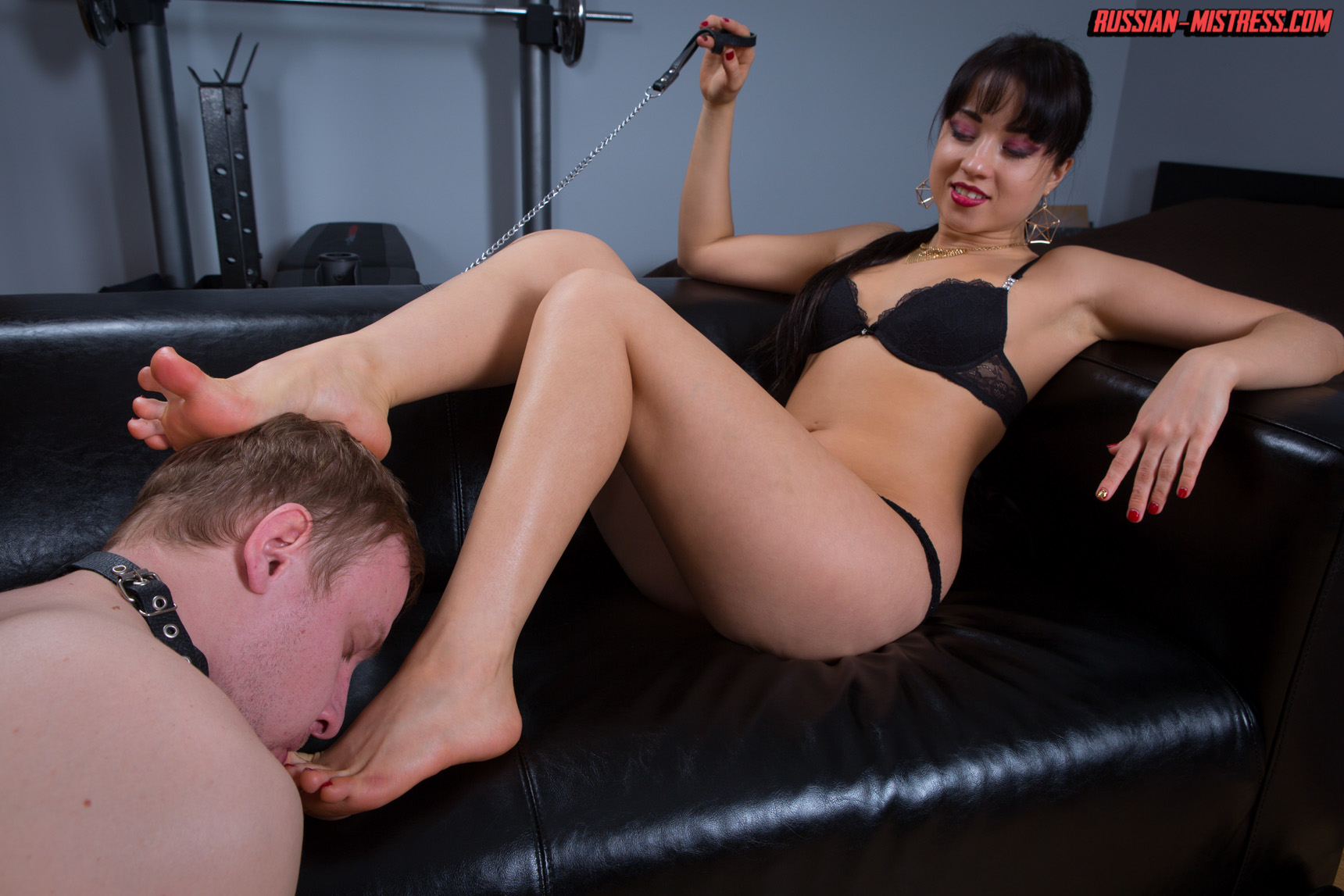 Nasty actions for rude femdom