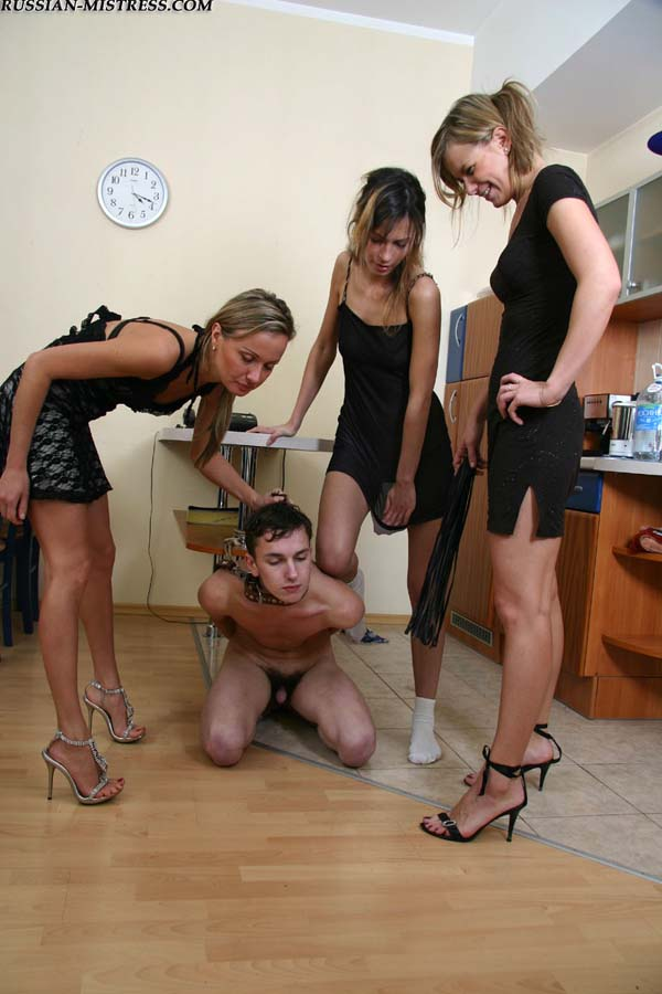 Русская девка унижает парня фото 12-8